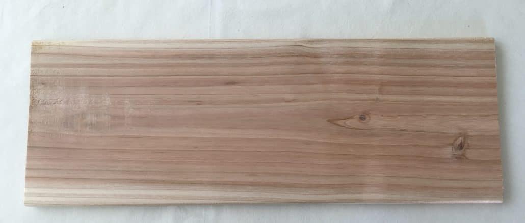 Grillplanke aus Zedernholz