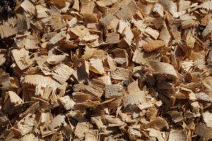 Das richtige Holz für den Smoker Grill