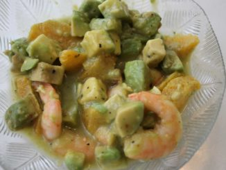 Avocado Orangen Shrimps Salat