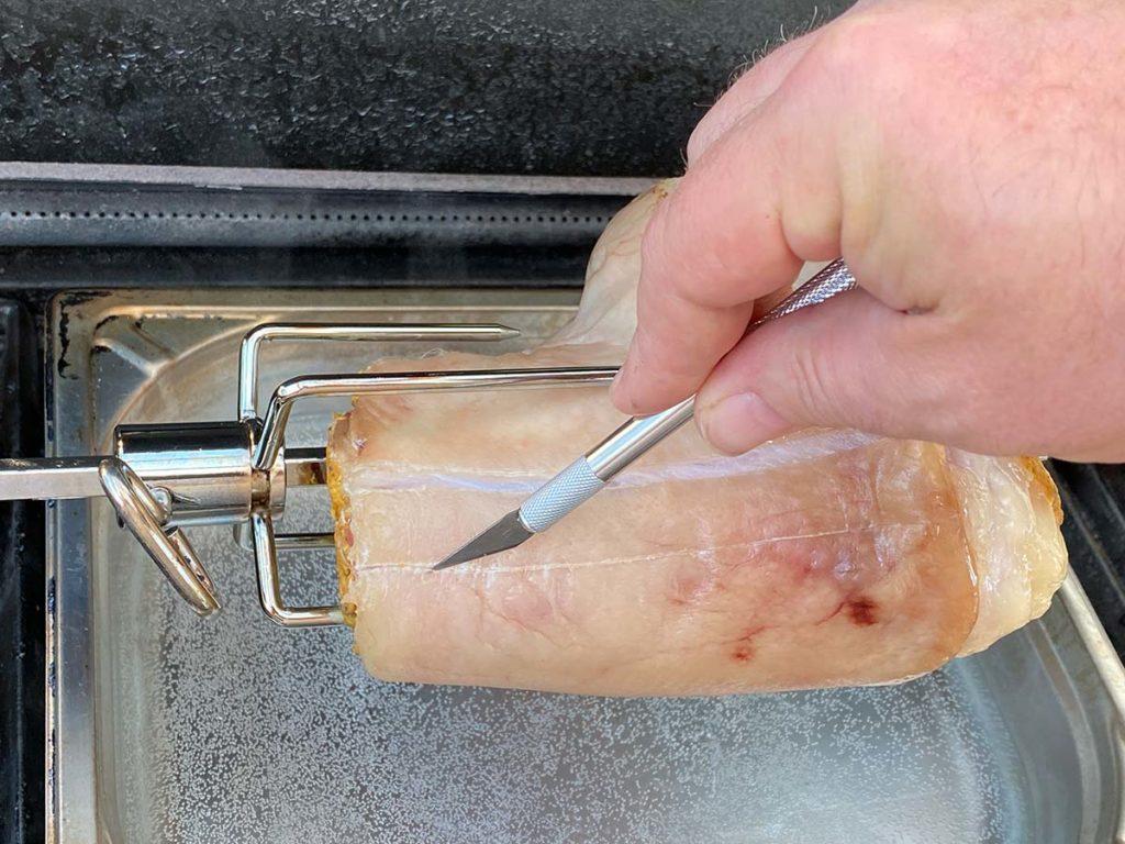 Schwarte einschneiden